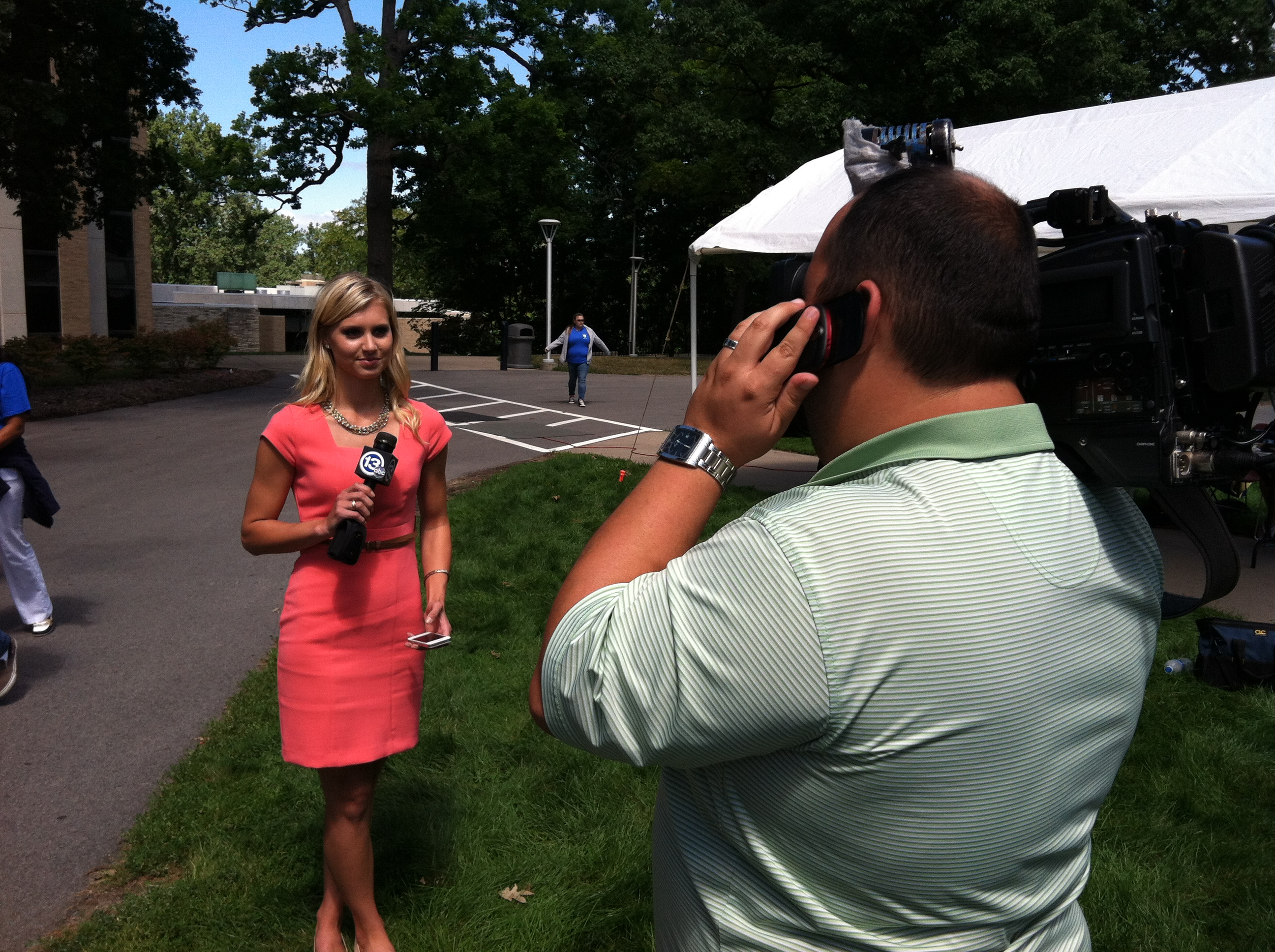 Alumna McKenzie Kuehnlein now reports for WTVG-13 ABC in Toledo