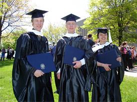How many years is an economics grad program ?