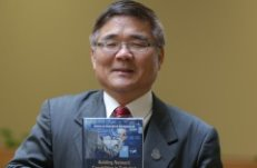 Professor Hong's new book reflects expanding horizons in emerging global markets