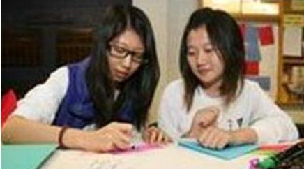 Chinese students writing Chinese