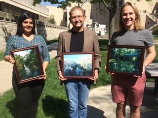 2016 contest winners holding their photos