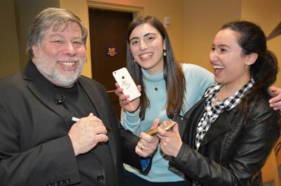Steve Wozniak Meets Honors Students
