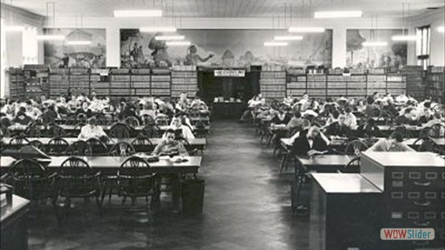 Library in University Hall, circa 1939