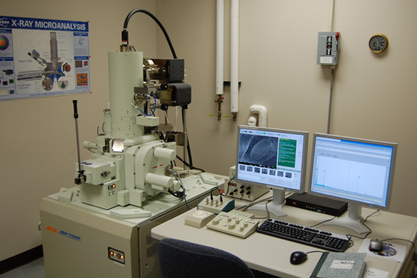 JSM-7500F Scanning Electron Microscope