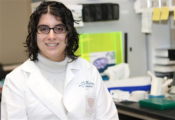 Hallie Dolin - MD/PhD Student in the Department of Medical Medical Microbiology and Immunology