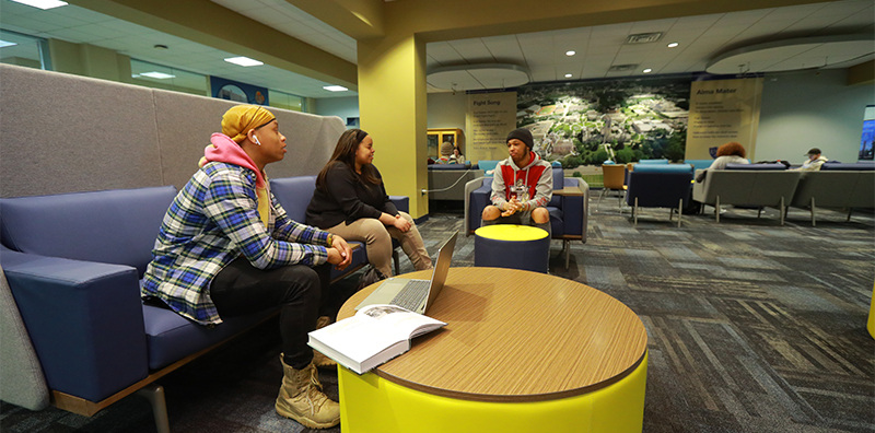 Students in Trimble lounge